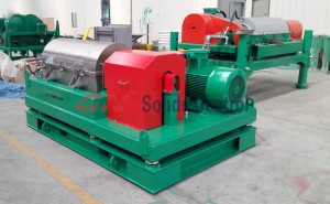 decanter centrifuge system for drilling fluids recovery