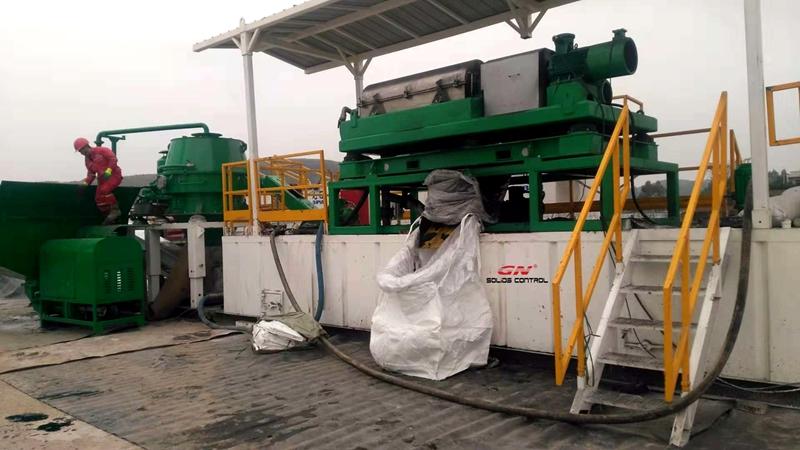 El sistema de tratamiento de esquejes de perforación en el sitio de trabajo de CNPC obtuvo una buena respuesta del cliente